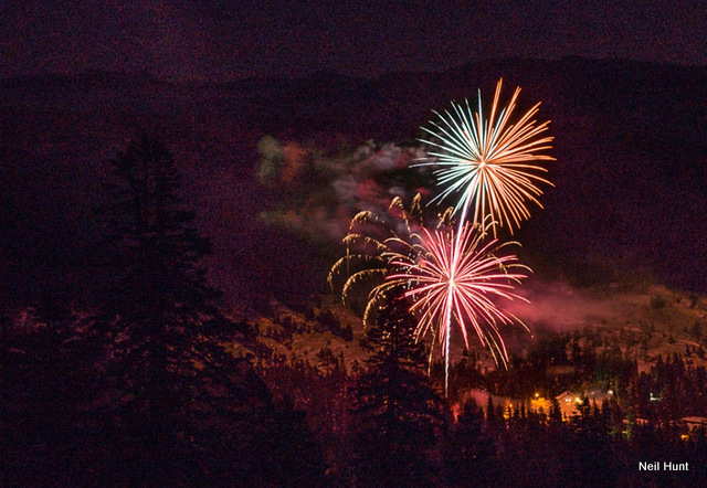 Fireworks In Bear Valley Start Off 2016 With A Bang!  ~ Photos By Neil Hunt