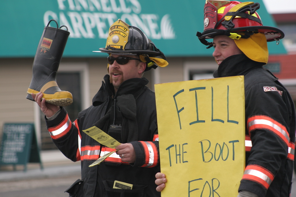 10:00am Fill The Boot!