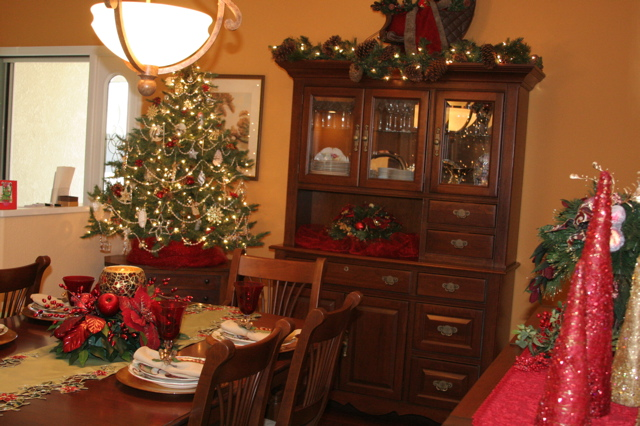 Angels Camp Holiday Home Tour